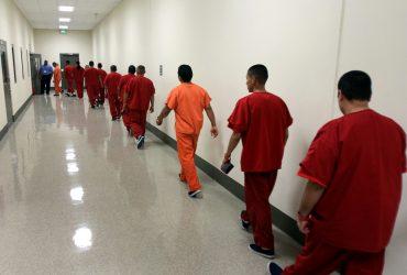 Гражданину США, который случайно провел 3.5 года в иммиграционной тюрьме, не возместят ущерб
