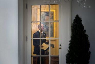 В СМИ опубликовали прощальное письмо Обамы, написанное Трампу перед инаугурацией