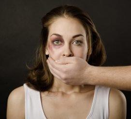 Как получить грин-карту в обход супруга, если вы жертва домашнего насилия