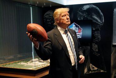 Дональд Трамп поссорился с американскими спортсменами. Коротко
