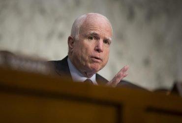 Сенаторы США одобрили поставки летального оружия для Украины