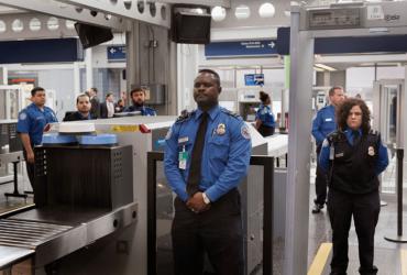 Инженер NASA подал в суд на таможню за проверку своих гаджетов