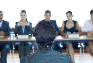 Как проходит интервью тех, кто иммигрирует по рабочей категории