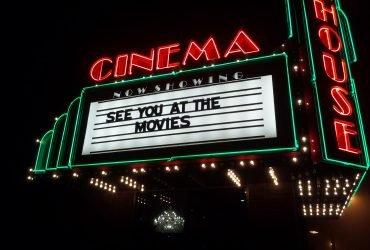 10 лучших фильмов, которые идут в кинотеатрах прямо сейчас