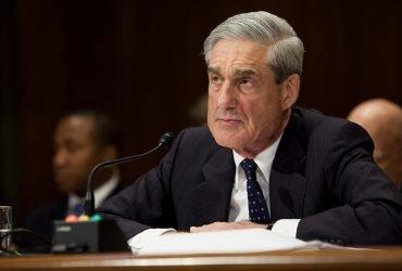 Присяжные предъявили первые обвинения по делу о вмешательстве России