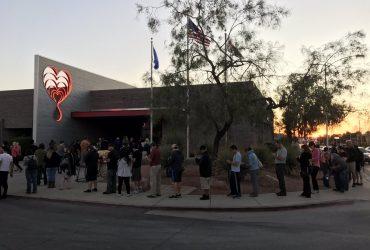Американцы массово жертвуют кровь пострадавшим от стрельбы в Лас-Вегасе