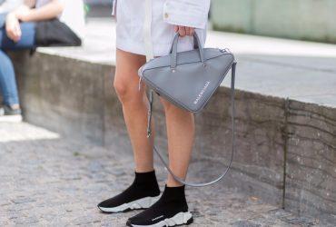 Носки с подошвой стали главным модным трендом осени
