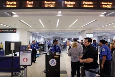 В США введены новые правила безопасности в аэропортах