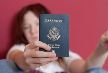 Рекордное число американцев отказывается от гражданства