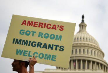 ВИДЕО: За что благодарны Америке люди с защитой DACA