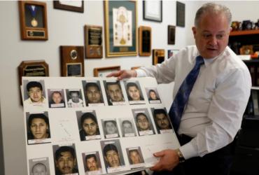 60 полицейских департаментов будут сотрудничать с иммиграционными властями для депортаций нелегалов