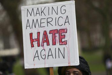 В США впервые за 10 лет растет уровень преступлений на почве ненависти
