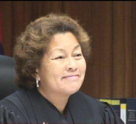Суд приговорил парня к сочинению 144 комплиментов о бывшей девушке