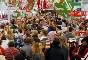 Почему не стоит ходить за покупками в Черную пятницу