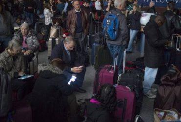 Аэропорт в Атланте остался без электричества на 11 часов. Отменены более 1000 рейсов