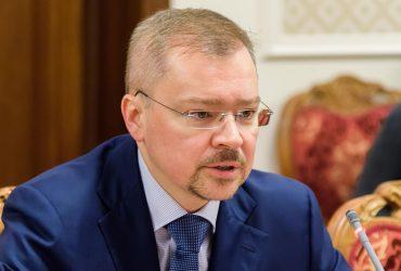 США ввели санкции против сына генпрокурора России