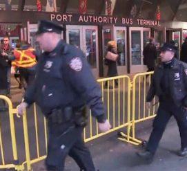 На автовокзале в Манхэттене прогремел взрыв