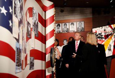 Правозащитники отказались выступать на одной сцене с Трампом
