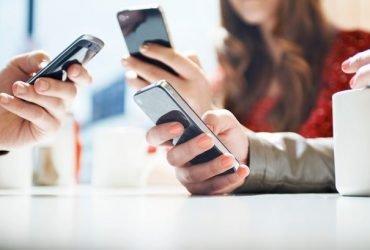 Пользователи подают иски на Apple за замедление работы устройств