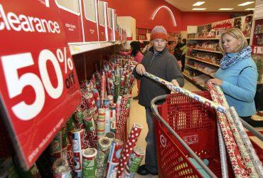 Шоппинг после Рождества: На что скидки лучше, чем в Черную пятницу