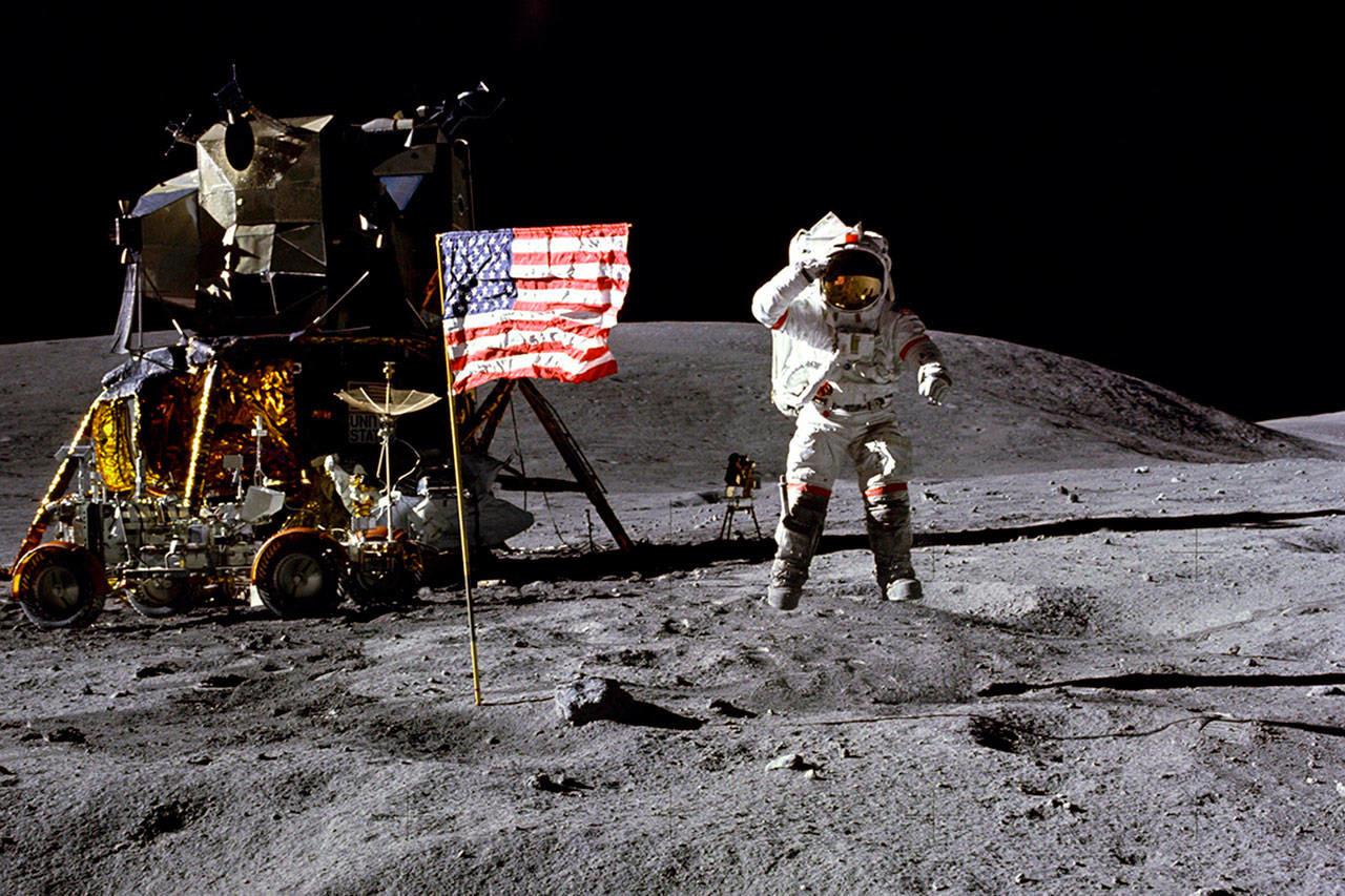 Когда была первая посадка на луну