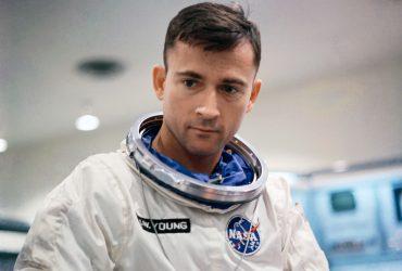 Умер астронавт Джон Янг, побывавший на Луне