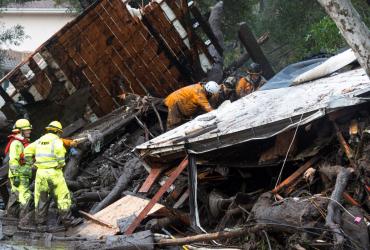 ФОТО: Из-за оползней в Калифорнии погибли 13 человек