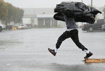 На Калифорнию надвигается мощный ливень