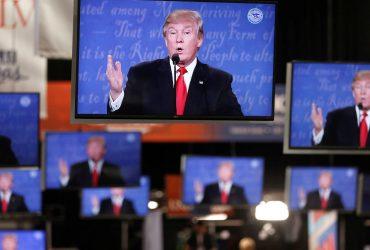 В Twitter пошутили про Трампа и «канал с гориллами», но все поверили