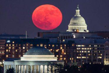 Лунное затмение, суперлуние и «голубая» Луна совпадут ночью 31 января