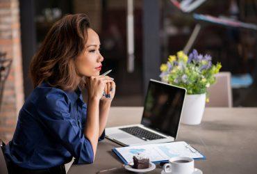 Семейный очаг: как сохранить семью, если жена зарабатывает больше мужа