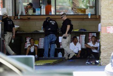 Иммиграционная полиция провела рейды на 77 предприятиях Калифорнии