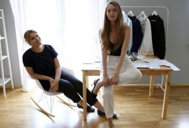 Как российско-украинские пижамы для прогулок вызвали бум в Голливуде