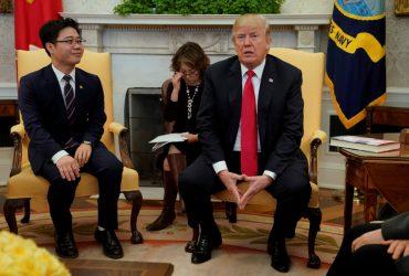 Дональд Трамп принял в Белом доме беглецов из Северной Кореи