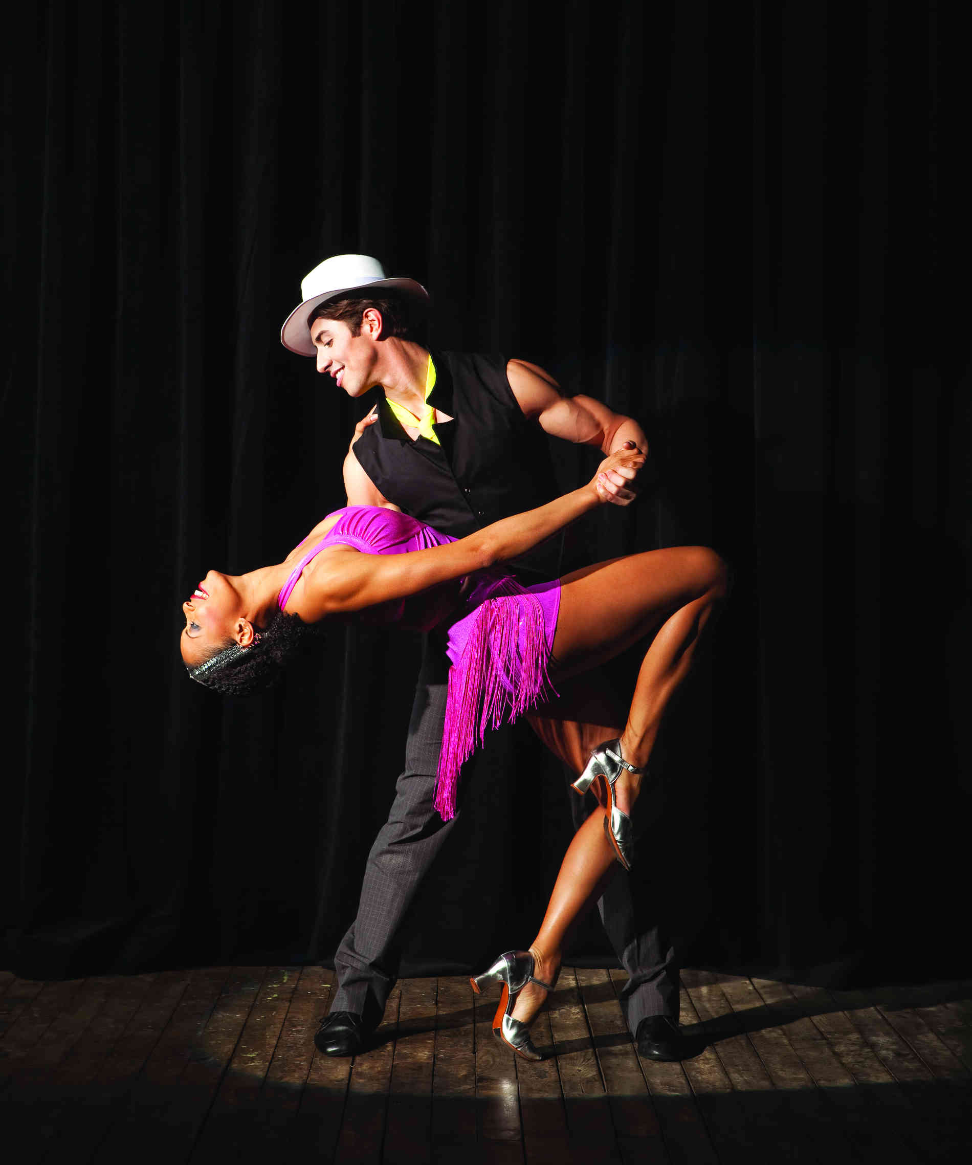 она картинки латино танец простудой видимо заразилась
