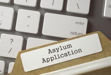 Что изменилось в очереди на убежище – разъяснения иммиграционной службы