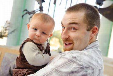 27 странных поступков, которые совершали с нами родители