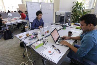 Иммиграционная служба ужесточит проверки для людей с H-1B при работе на третье лицо