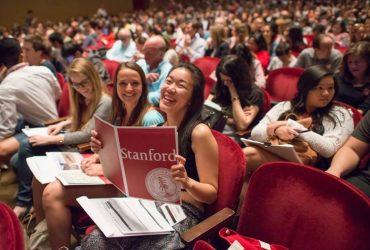 Стэнфорд не будет посылать студентов на стажировку в Россию