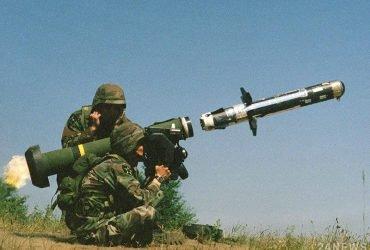 В США одобрили поставку противотанковых комплексов Javelin в Украину