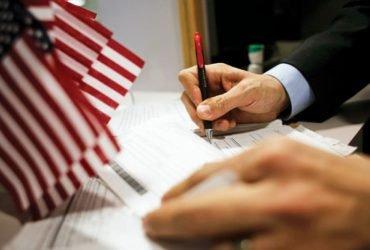 Проверку соцсетей введут для всех виз в США