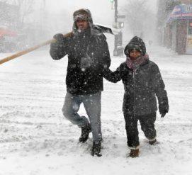 На северо-восток США обрушился снежный шторм