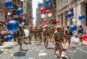 Военному параду быть — но без танков и не на День независимости