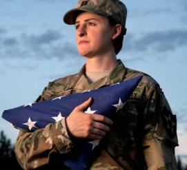 Трамп запретил трансгендерам служить в армии США
