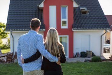 В каком возрасте лучшего всего покупать свой первый дом
