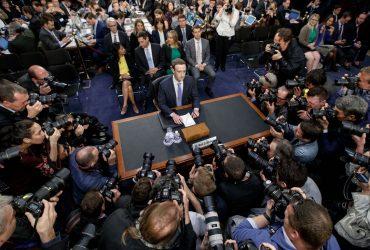 Платный Facebook и новое пользовательское соглашение: Марк Цукерберг дал показания сенаторам
