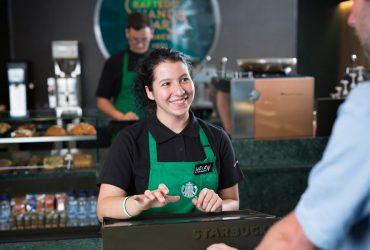 В Starbucks разрешили пользоваться туалетами и ничего не покупать