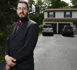 Родителям из Нью-Йорка разрешили выгнать из дома 30-летнего сына