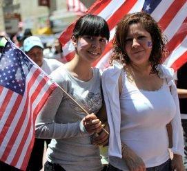 Миллионы граждан США не общаются на английском. Их становится все больше