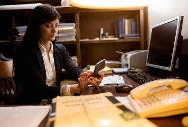 Сколько стоят услуги иммиграционного адвоката